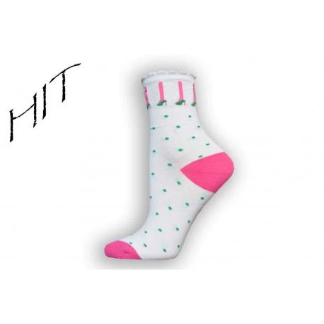 Bavlnené ponožky dámske bodkované