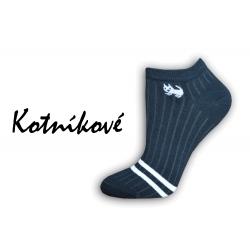 Čierne nízke ponožky s mačičkou