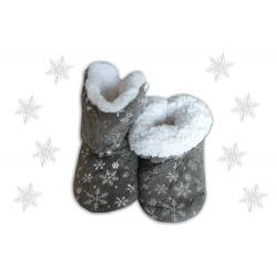 POSLEDNÝ KUS 38-41! Sivé teplé dámske papuče s vločkami