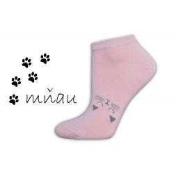 Veselé ponožky na leto s mačičkou-púdrové