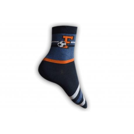 Tmavo-modré chlapčenské ponožky s futbalom