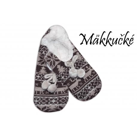 Ponožkové protišmykové papuče s nórskym vzorom.