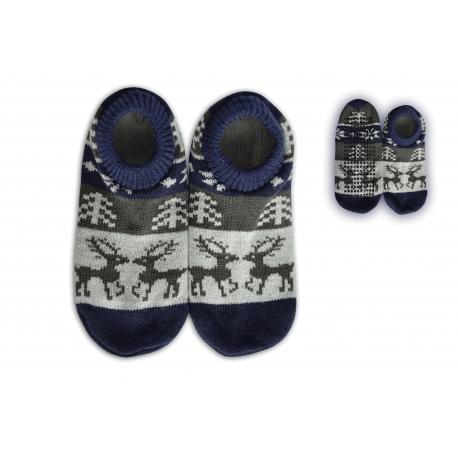 Protišmykové ponožkové papuče s jelením vzorom .
