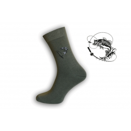 Zelené ponožky pre rybára so šťukou