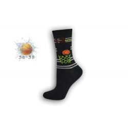 Čierne chlapčenské ponožky s basketom