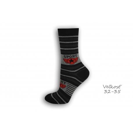 32-35! SPORT čierne detské ponožky s pásikmi