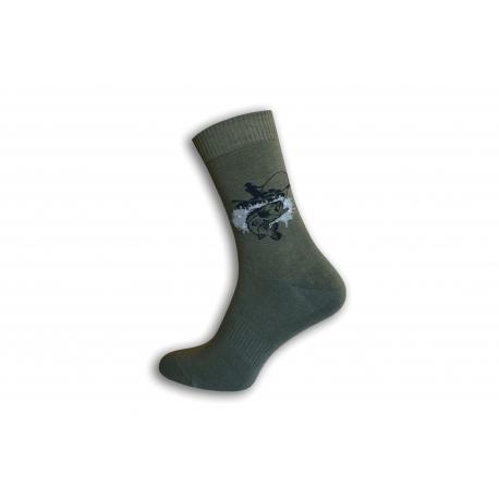 Zelené ponožky pre rybára-  šťuka na udici