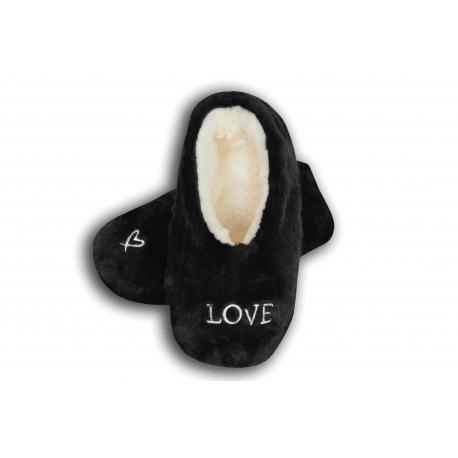 LOVE. Čierne nízke papuče