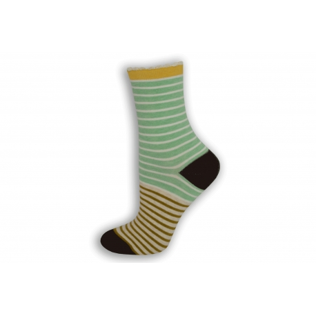 Pásikavé zeleno-biele dámske ponožky
