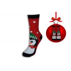 Vianočné ponožky červené s tučniakom