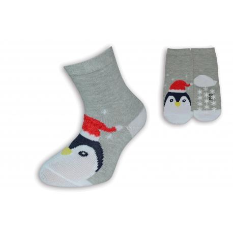 Vianočné sivé ponožky s tučniakom
