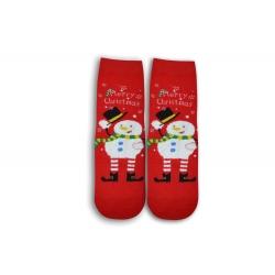 Snehuliak na červených ponožkách