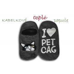 Kabelkové šedé ponožky ako papuče - s mačkou