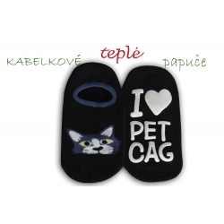 Kabelkové čierne ponožky ako papuče - s mačkou