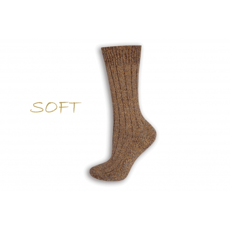 SOFT. Hnedé jemné ponožky do postele