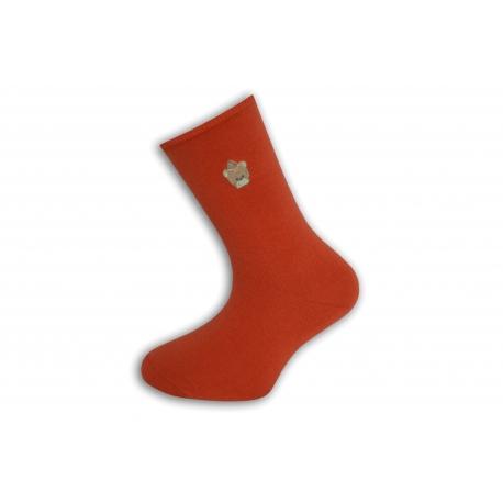 Jednofarebné lososová ponožky s výšivkou