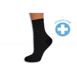 Pásikavé čierno-strieborné dámske ponožky