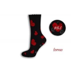 Teplé čierne protišmykové ponožky so srdiečkami