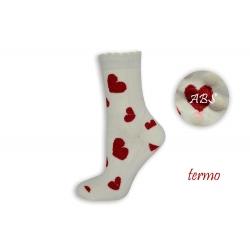 Čierne protišmykové ponožky so srdiečkami