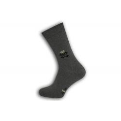Sivé teplé pánske ponožky so vzorom