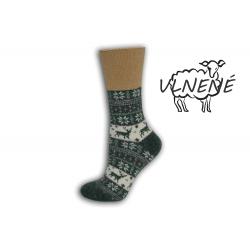 Zdravotné vlnené teplé ponožky s jeleňom - zelené