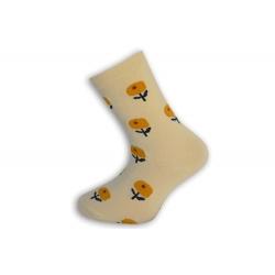 Banánové detské ponožky s kvetinkami