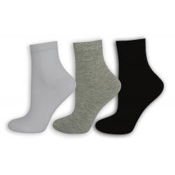 Čierne, sivé biele dámske ponožky. 3-páry