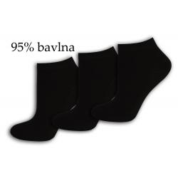 Tri páry čiernych bavlnených ponožiek