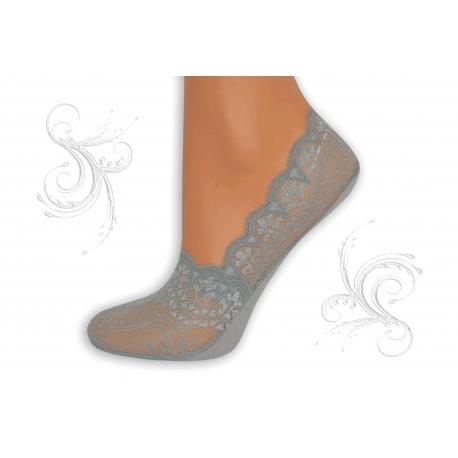 Sivé ponožky z krajky