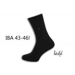 IBA 43-46! Pánske šedé vysoké ponožky